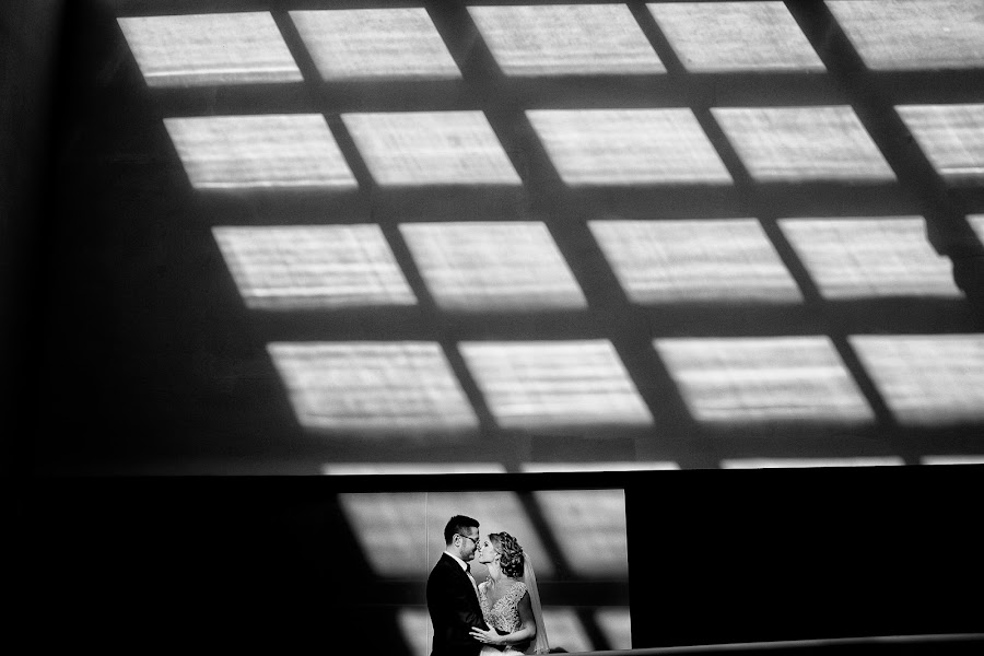 Wedding photographer Vali Matei (matei). Photo of 07.12.2017