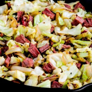Low-Carb Fried Cabbage with Corned Beef Recipe