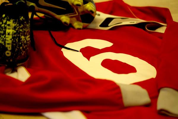 6... un numero, una passione di Nicolas Bernardi Imagine