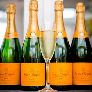 VEUVE CLICQUOT Champagne Prizes