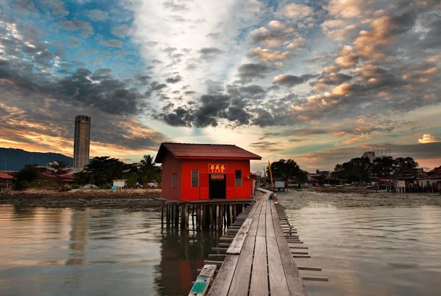 Tan Jetty by Saiful Nizal - Landscapes Sunsets & Sunrises ( canon, nature, sunset, penang, best, sea, komtar, malaysia, beach, sunrise, lanscapes, heritage )
