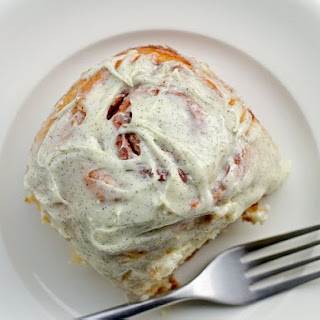 Small-Batch Cinnamon Buns with Vanilla-Bean Icing Recipe