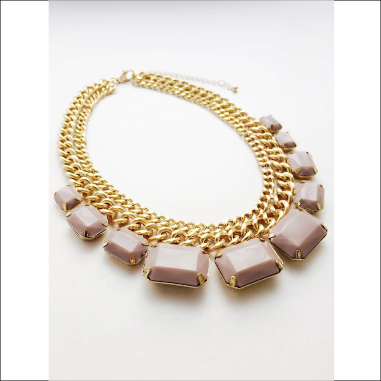 N002 - C. Femme Collar Necklace