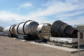 Photo: Titan II ICBM, later used for the manned civil Gemini II capsules. It could transfer 1900 kg to LEO.