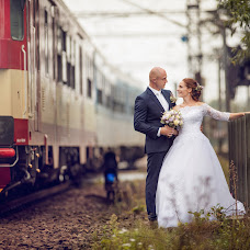 Wedding photographer Jan Zavadil (fotozavadil). Photo of 27.11.2017
