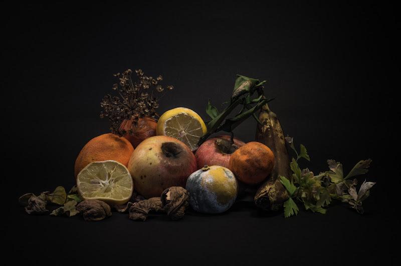 ...Siamo alla frutta.. di Alessandro Alessandri