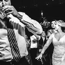 Wedding photographer Di Oliveira (Dioliveira). Photo of 14.12.2017