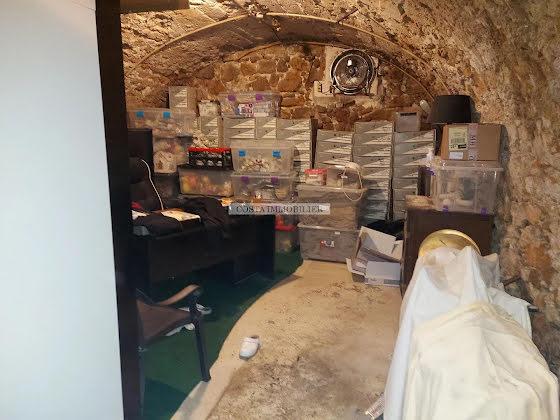 Vente divers 4 pièces 370 m2
