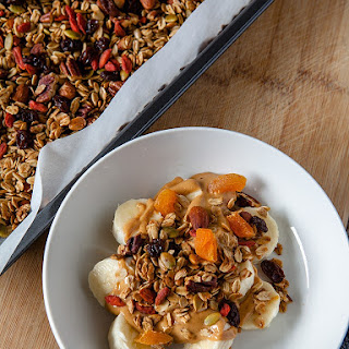 Breakfast Fruit and Nut Granola