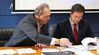 José Francisco Rivera, concejal, y Francisco Góngora, alcalde de El Ejido.