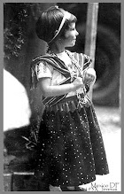 Photo: Mädchen in Mexico im Jahre 193x