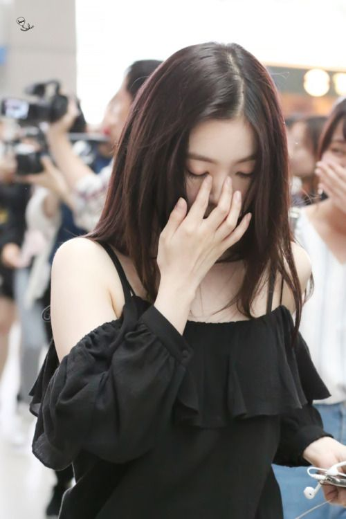 irene shoulder 27