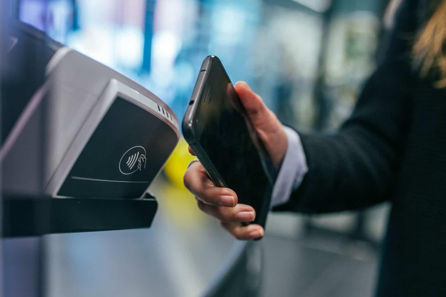 NFC Buka Aplikasi