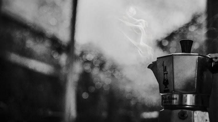 La mattina ha il profumo di caffè in bocca  di melissa_iannace