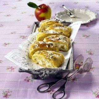 Mohn-Apfelstrudel
