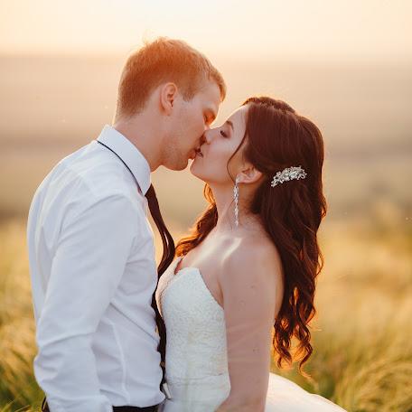 Wedding photographer Dinar Akhmetov (mywed9026). Photo of 08.11.2017