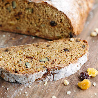 Irish Soda Bread with Raisins and Walnuts