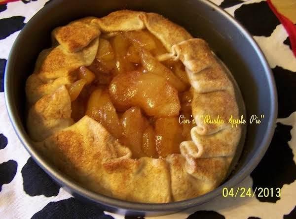 Cin's Rustic Apple Pie Recipe