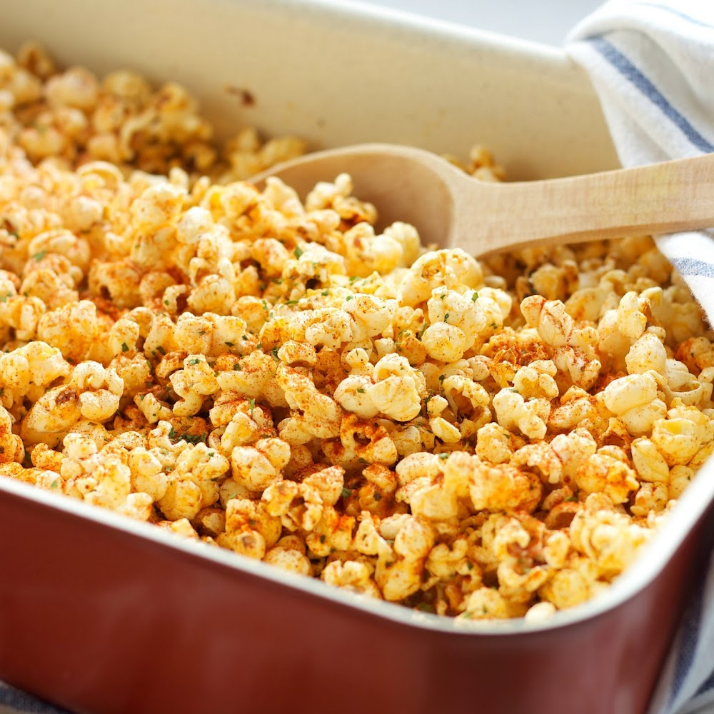 snacks-with-popcorn