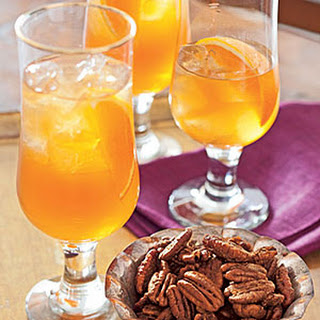 Spiced-Apple Iced Tea.
