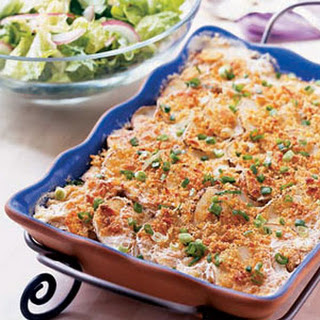 Scalloped Potatoes with Crumb Topping