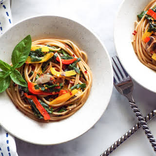 Spaghetti Aglio Olio with Vegetables | Vegan.