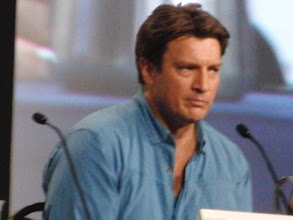 Photo: Saturday (Dana) - TV Guide Fan Favorites panel; Nathan Fillion