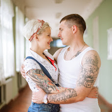 Wedding photographer Elena Kalashnikova (LFOTO). Photo of 25.03.2015