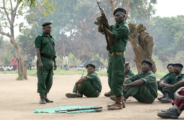 Renamo soldiers during weapons training in Mozambique. File Picture: REUTERS
