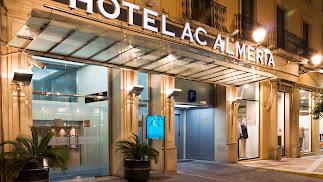 El Hotel AC se encuentra en pleno centro de Almería.
