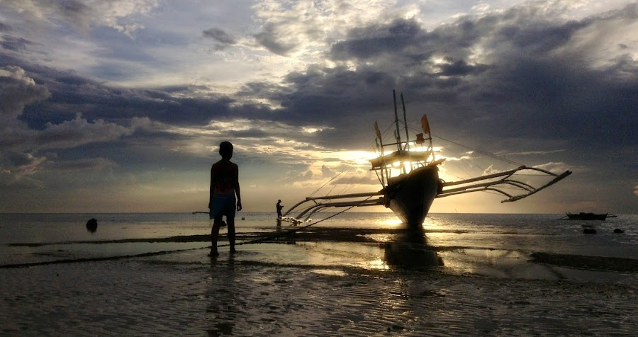 Big Beached Boat..... by Dickson   Shia - Babies & Children Children Candids ( sunset, silhouette, boat )