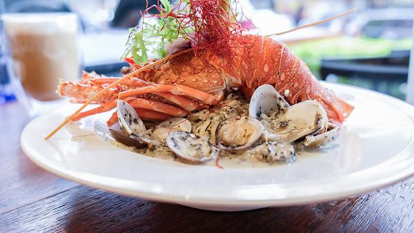 意享美式廚房 寵物友善餐廳 蔬食友善餐廳 CP值超高 聚餐包廂 龍蝦痛風義大利麵