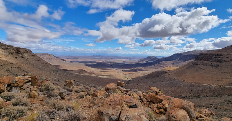 Gannaga Pass looking west