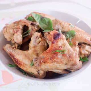Slow Cooker Green Curry Chicken Wings