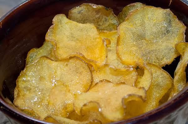 Dehydrator Essentials: Vinegar & Salt Veggie Chips