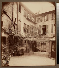 Photo: Cour de Rouen (boulevard St. Germain)