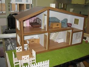 Photo: Pian talo sai myös pihapiirin uusitun pintakäsittelyn lisäksi (kurssi 2008)