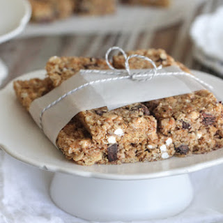 Homemade S'mores Granola Bars.