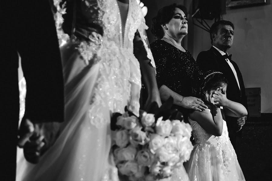 Wedding photographer Valery Garnica (focusmilebodas2). Photo of 08.03.2020