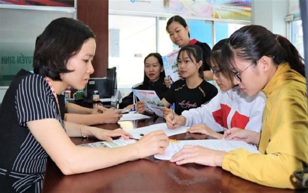 Tin giáo dục hôm nay 29.9: TIN VUI Trường Đại học Vinh ra thông báo tuyển bổ sung gần 600 chỉ tiêu cho năm học 2021-2022 1