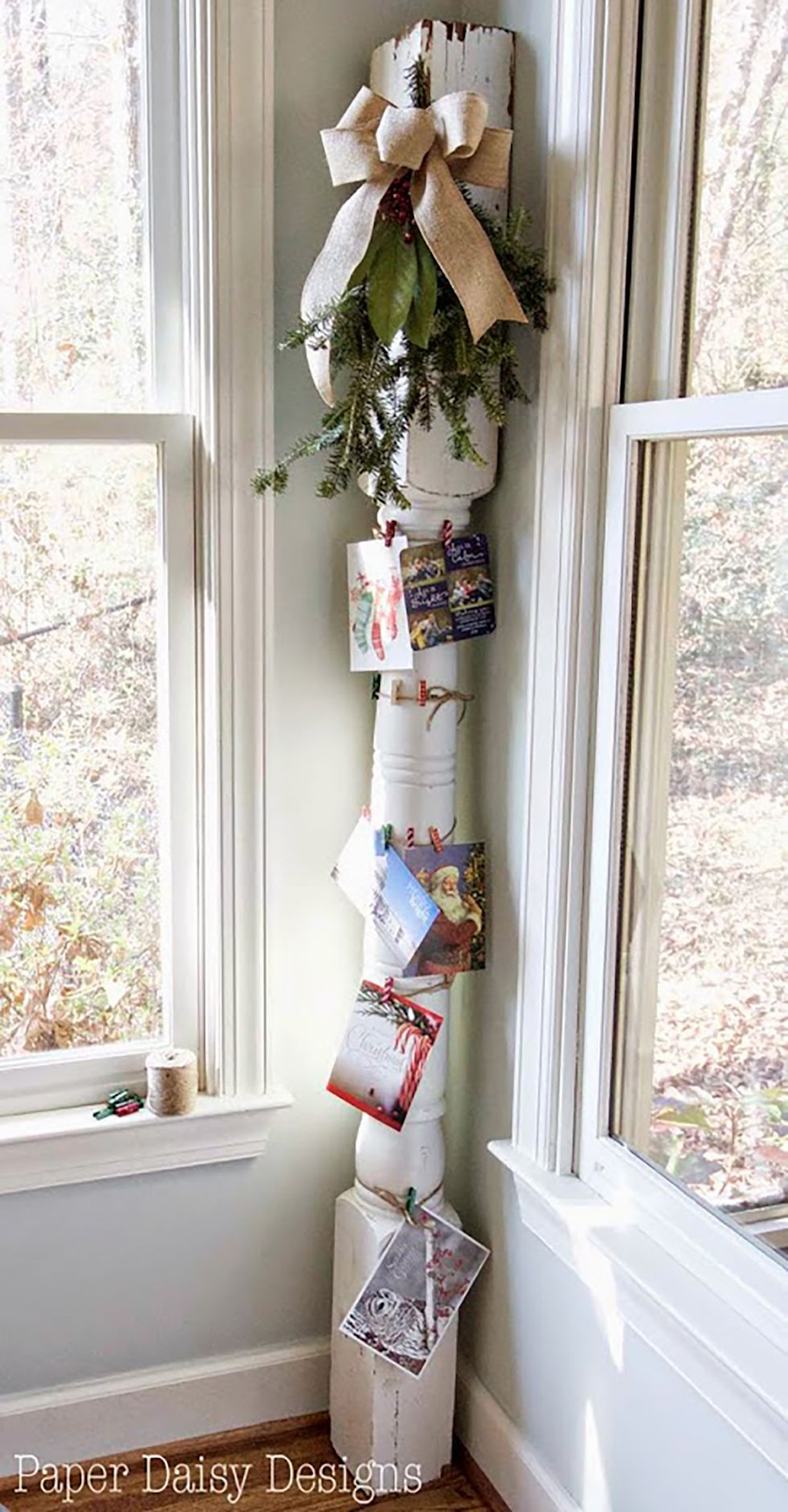 Old Post Card Holder: These 25 DIY Christmas Card Holders - That Double As Festive Decor will allow you to beautifuly display your cards and will also give you some great decor.