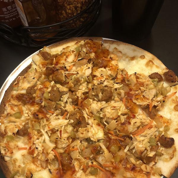 Gluten Free Egg Roll Pizza @ Fongs Pizza.