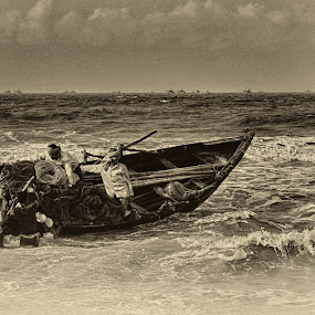 Daily chores of fishermans by Subroto Mukherjee - News & Events World Events ( digha, sea, workers, fisherman, turbulent boat )