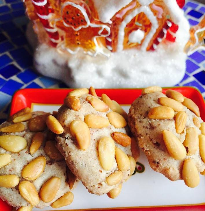 Divine Pignoli Amaretti, Italian Holiday Pine Nut Cookies From Alexandersmom.Com Recipe