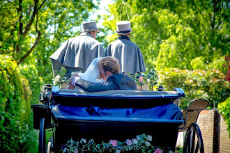 Photo: Fabulous wedding photography by top rated professional Hampshire wedding photographer on HITCHED, Allen-Scott Redgrave from ASRPHOTO Portrait & Wedding Photography.  VISIT www.asrphoto.co.uk for details.