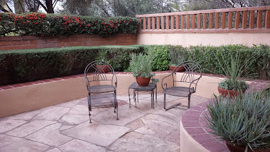 Tucson home courtyard patio image
