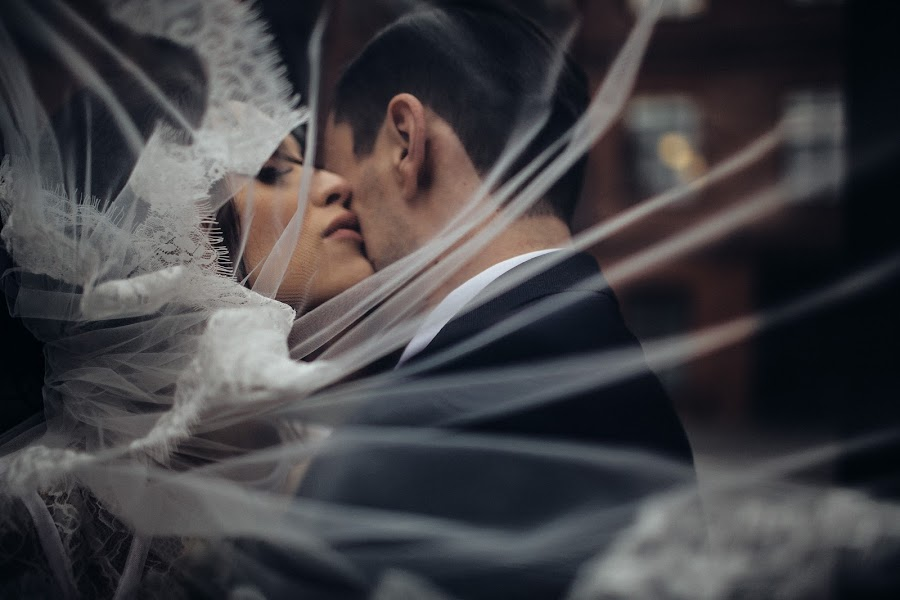 Wedding photographer Vasiliy Tikhomirov (BoraBora). Photo of 19.10.2017