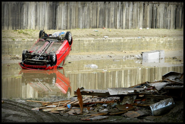 L'auto rossa di dotlinob
