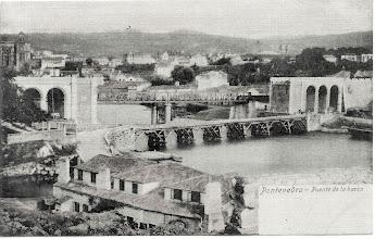 Photo: Ponte do Ferrocarril e Contrución da Ponte da Barca. Fíxose primeiro a Ponte do Tren que a Ponte da Barca Actual.