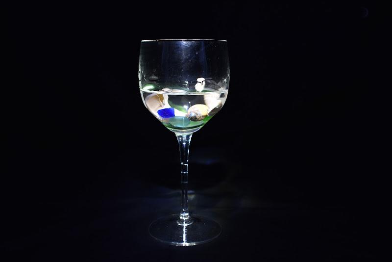 La fantasia è ...... il mare in un bicchiere. di marinafranzone